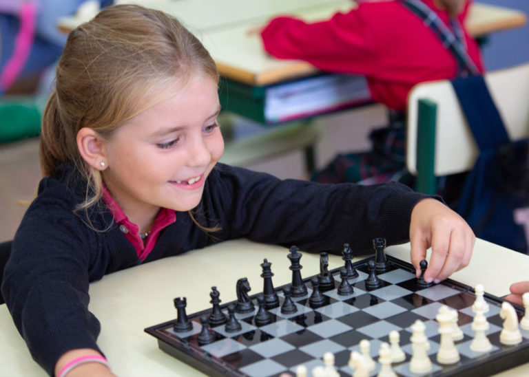 LETS-PLAY-CHESS