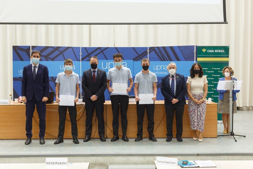 Menciones a alumnos del colegio Miravalles El Redín en el concurso imagina tu empresa